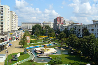 Downtown_park_Pitesti_09